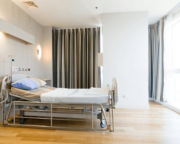أثاث المستشفيات